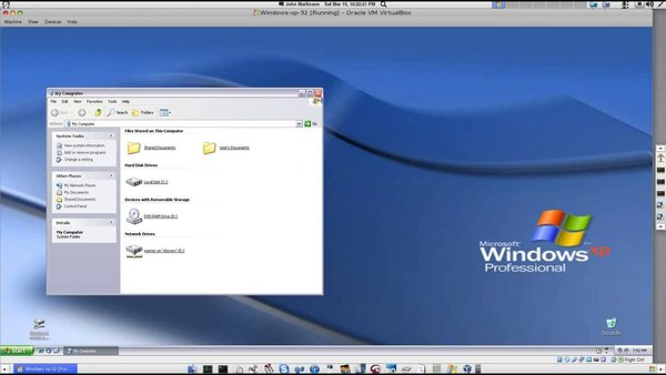 Windows XP running in RoboLinux