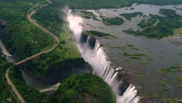 image credit - www.victoriafalls-guide.net