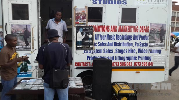 Will street vending be disrupted by streaming?