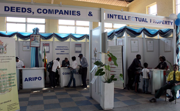 Expo Exhibition Stands Zimbabwe : Tech companies exhibitions at the harare agricultural